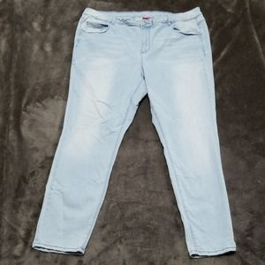 ALMOST FAMOUS JEANS MID RISE SKINNY SUPER STRETCH